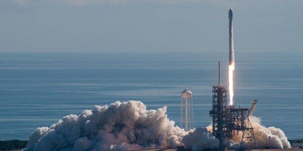SpaceX gelingt erneut Raketen-Rückkehr zur Erde