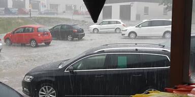 Aufräumen nach schweren Unwettern in NÖ