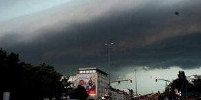 Unwetter: Tornado in Hamburg
