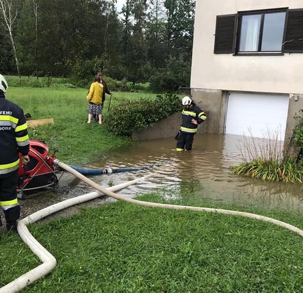 Schwere Unwetter: Feuerwehren in Stainz im Dauereinsatz