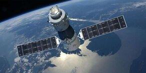 Raumstation kracht auf die Erde