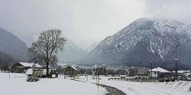 Schneelandschaft am Achensee in Tirol