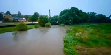 Sintflutregen, Sturm & Muren: Wetter-Watsche nach der Hitze