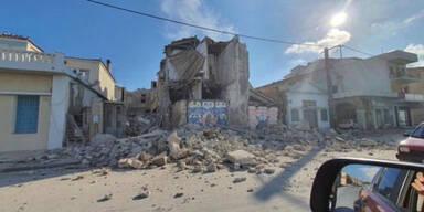 Zwei Teenies auf Samos von Trümmern erschlagen