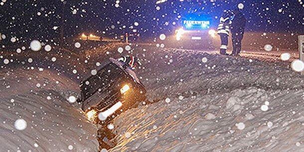 Schnee sorgt für Unfall-Chaos