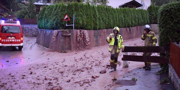 Unwetter-Alarm: Mure geht in Wohngebiet ab