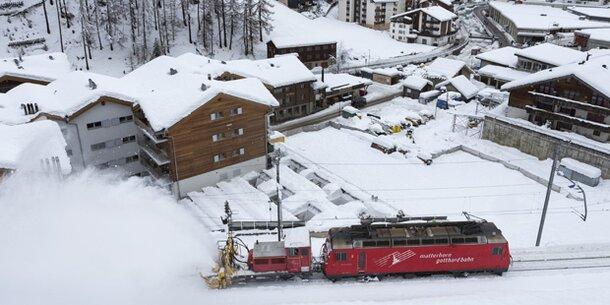Zermatt ist wieder mit Zug erreichbar