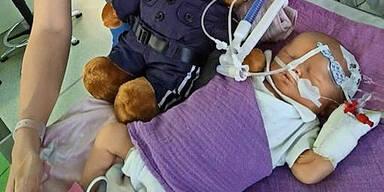 Polizei zeigt großes Herz für Baby Hanna