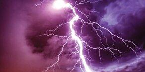 Zwei Wanderer am Arlberg vom Blitz getroffen