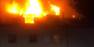 Toter und fünf Verletzte bei Brand in Mehrparteienhaus