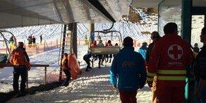 Lift defekt: Skifahrer saßen eine Stunde fest