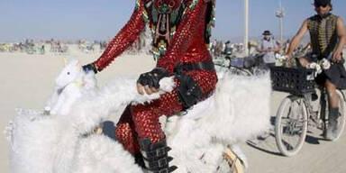 70.000 Menschen feiern beim Burning Man-Festival in der Wüste von Nevada