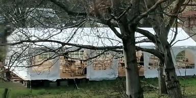 Polizei sprengt Gartenfeste von Corona-Leugnern