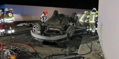 Zwei Tote und ein Schwerverletzter bei Horror-Crash in Klagenfurt
