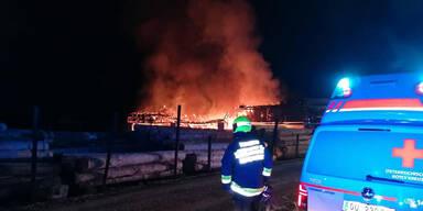 Sägewerk abgebrannt: Großeinsatz in der Steiermark