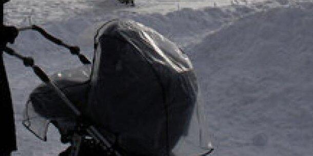 Eltern ließen Baby bei -20 Grad auf Balkon - tot