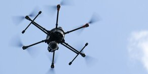 Forscher messen Schneehöhen per Drohne