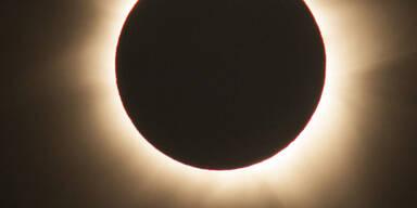 eclipse_apa4.jpg
