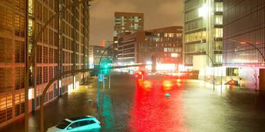 Hochwasser-Alarm in Hamburg in der Nacht auf Freitag