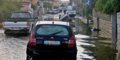 Wirbelsturm fegt über Sardinien