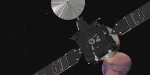 Europäische Mars-Sonde auf halbem Weg