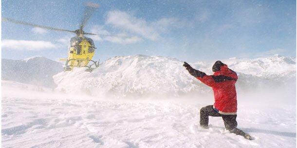 Ski-Crash: Mädchen (8) schwer verletzt