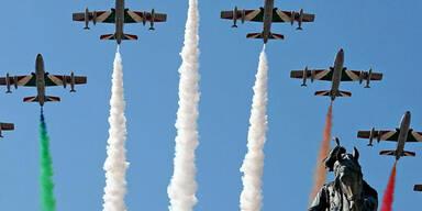 Flugshow am Staatsfeiertag Italiens
