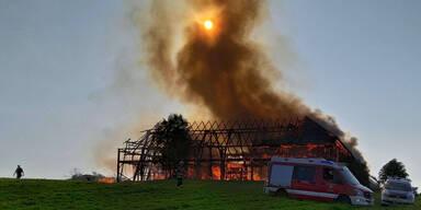 Großbrand auf Bauernhof in Oberösterreich
