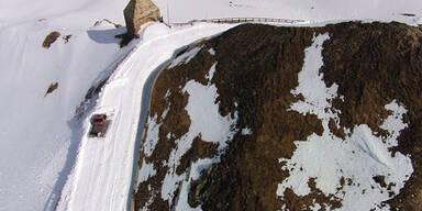 Schneeräumung auf der Großglockner-Hochalpenstraße