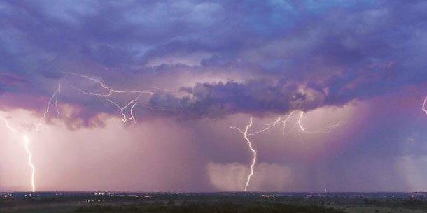 Blitzschlag tötet 7 Familienmitglieder