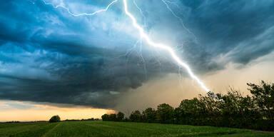 Sturm & Starkregen: Unwetter-Warnung für das Wochenende