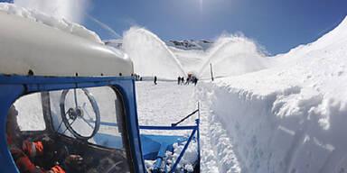 Schneeräumung am Großglockner