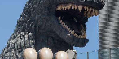 Godzilla erobert derzeit wieder Tokio - aber nur als Puppe