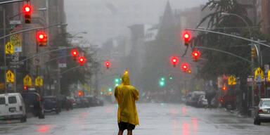 Hurrikan Irene wütet in den USA