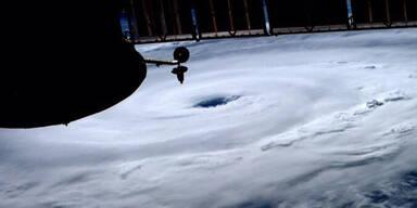 hurrikan4.jpg