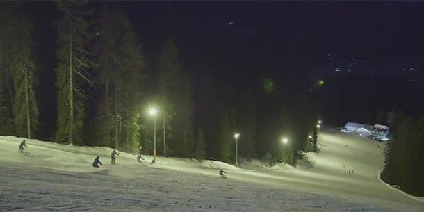 Massenschlägerei auf Nacht-Ski-Piste