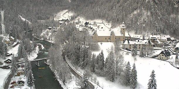 Bis zu 2 Meter Neuschnee im Osten Österreichs