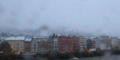 Wintereinbruch: Schnee-Chaos in Teilen Österreich