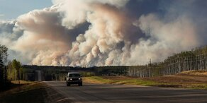 Kanada: Waldbrände außer Kontrolle