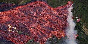Lava erreicht Meer: Jetzt wirds richtig gefährlich
