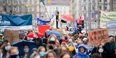 Trotz Corona: Tausende bei Klima-Demo in Wien