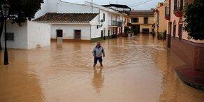 Schwere Unwetter in Spanien: Eine Tote