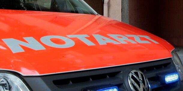 Feuerwehrmann von betrunkener Pkw-Lenkerin angefahren