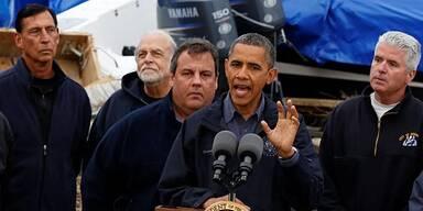 Barack Obama besucht Katastrophengebiet in New Jersey
