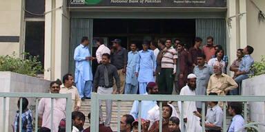 pakistan4_epa.jpg