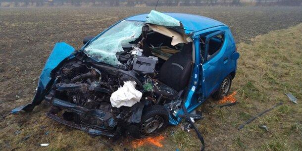 Frontal-Crash bei Glatteis – Eine Tote