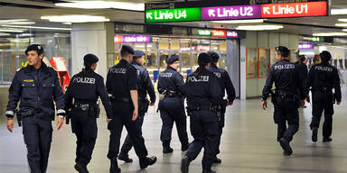 Großeinsatz am Karlsplatz sorgte für U-Bahn-Sperre