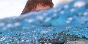 Chlor-Geruch im Schwimmbad? Dann ist was faul