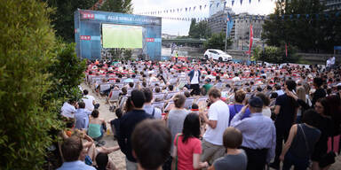 publicviewing.jpg