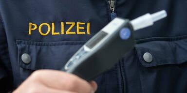 Führerscheinloser Oberösterreicher mit 2,24 Promille unterwegs